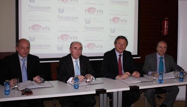 Firma del acuerdo entre Tecnocom, IDM, Sipsa y Evendor.