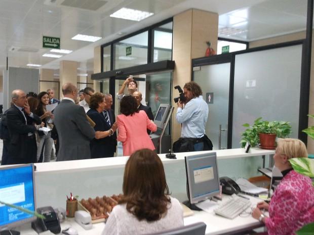 La alcaldesa de Valencia inaugura una instalación de IDM